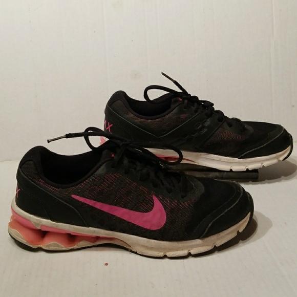 size 40 01c7e c9744 Nike Reax Run 10 womens shoes size 7.5. M5a9a0a5a61ca10ed081b9322